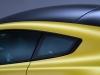 aston-martin-vantage-v12-s-finestrini