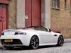 aston-martin-vantage-roadster-v12-dietro