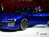 Audi-R8-e-tron-Ginevra-Live-1