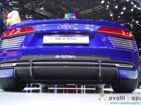 Audi-R8-e-tron-Ginevra-Live-4