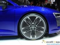 Audi-R8-e-tron-Ginevra-Live-6