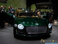 Bentley-EXP-10-Speed-6-Fanali-Accesi-Ginevra-Live
