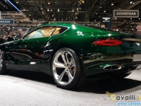 Bentley-EXP-10-Speed-6-Tre-Quarti-Posteriore-Ginevra-Live