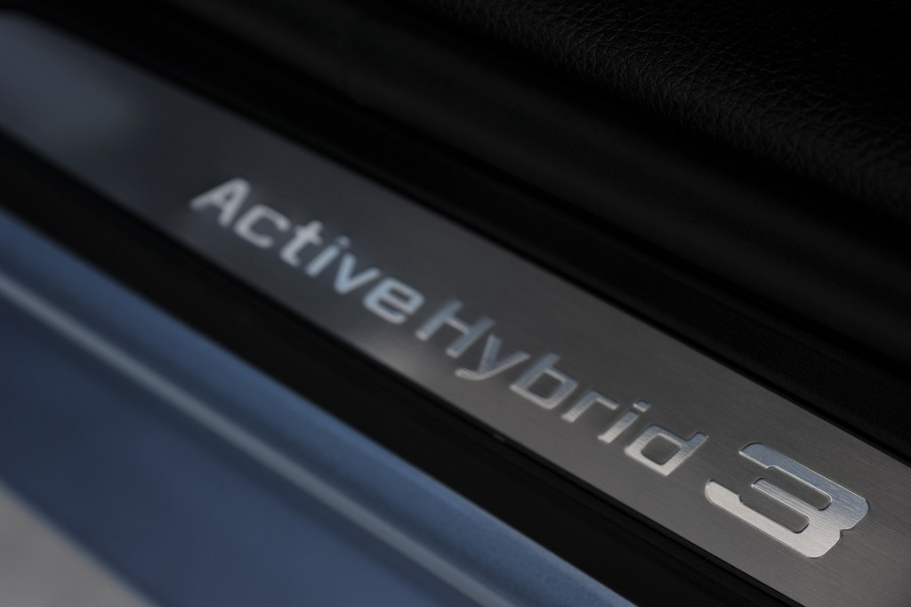 image bmw-serie-3-activehybrid-battitacco-jpg