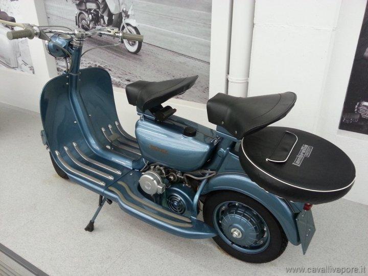 museo-scooter-e-lambretta-43
