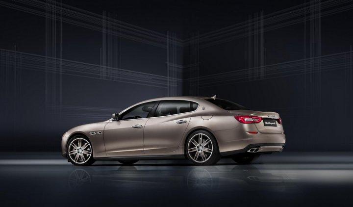 maserati-quattroporte-ermenegildo-zegna-limited-edition-tre-quarti-posteriore