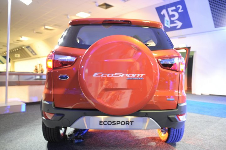 ford-ecosport-limited-edition-retro