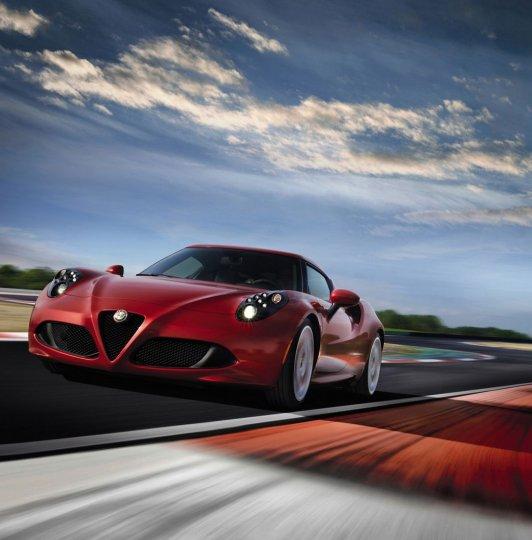 Alfa-Romeo-4C-21