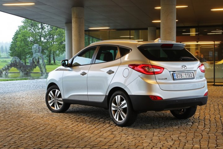 hyundai-ix35-retro-laterale-sinsitro