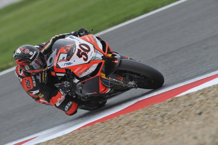superbike-2013-magny-cours-guintoli-superpole