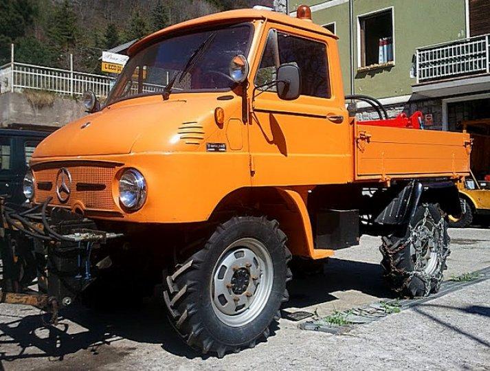 Unimog-406-Tre-Quarti