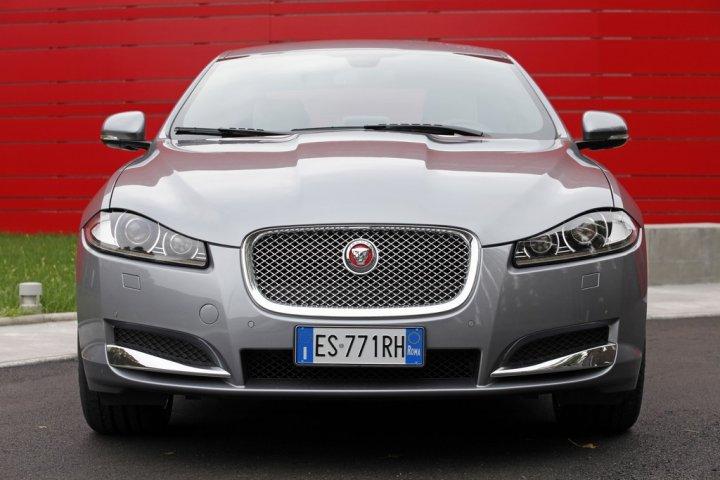 jaguar-xf-my2014-fronte