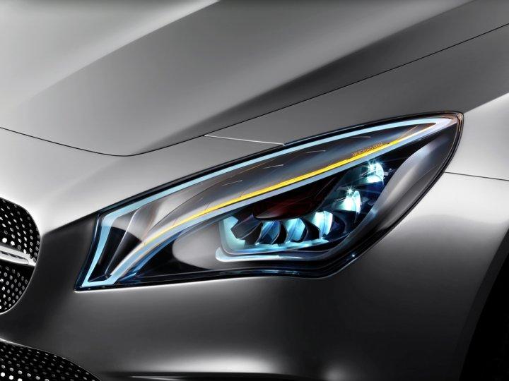 Mercedes Concept Style Coupe Dettagli Fanali