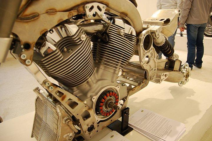 CRS-DUU-Motore