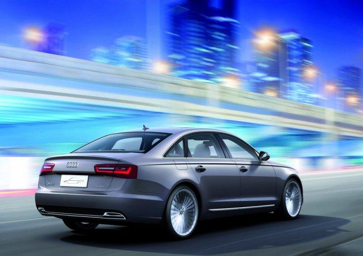 Audi A6 L etron Concept tre quarti posteriore