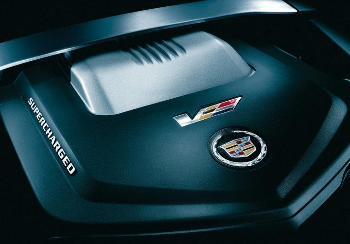 Cadilllac-CTS-V-Sportwagon-Motore
