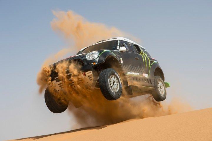 mini-all4-racing-dakar-2014-09