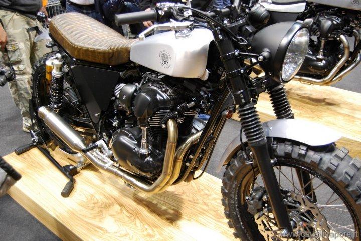 moto-di-ferro-scarmbler-motorbikeexpo-tre-quarti