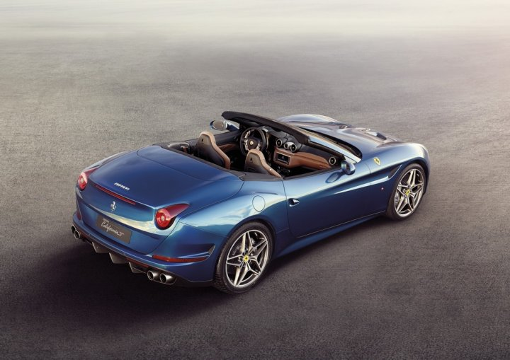 ferrari-california-t-blue-alto