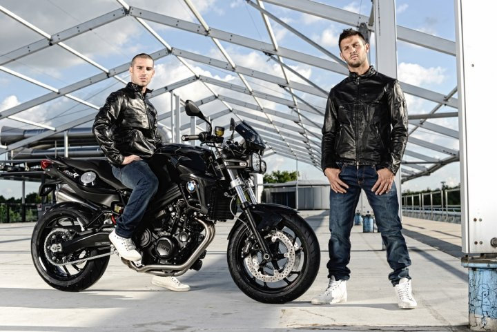 bmw-f-800-r-all-black-melandri-fabrizio-2