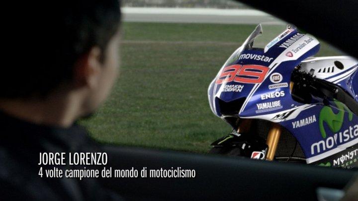 alfa-romeo-giulietta-riders-e-jorge-lorenzo