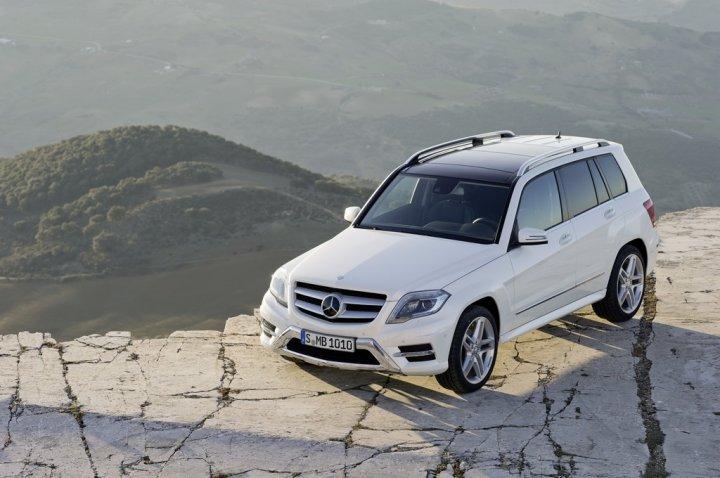 Mercedes-Benz-GLK-2012-Tetto