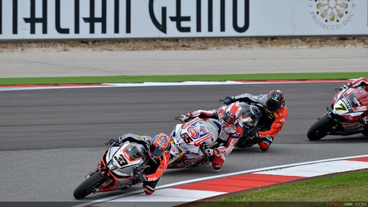 superbike-2014-portimao-gara-1