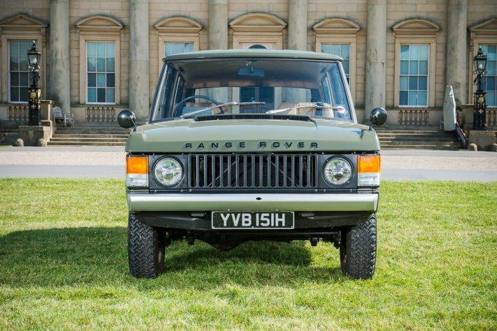 Range-Rover-Numero-1-Davanti