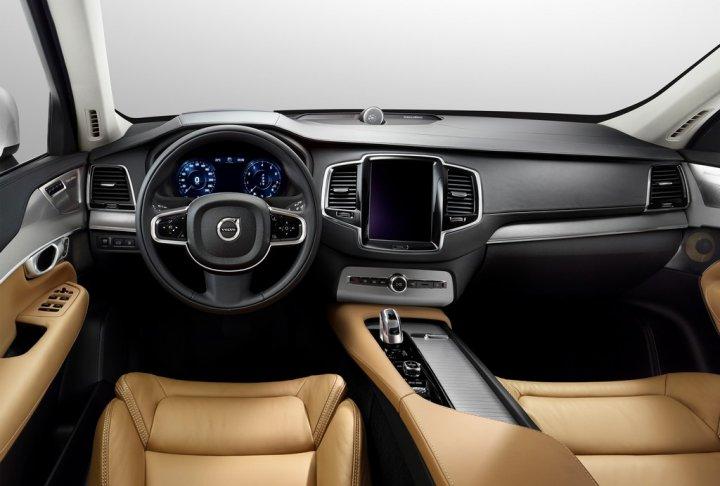 Volvo-nuova-XC90-22