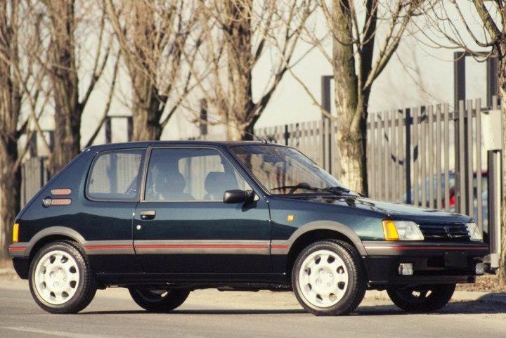Peugeot-205-GTI-PLUS