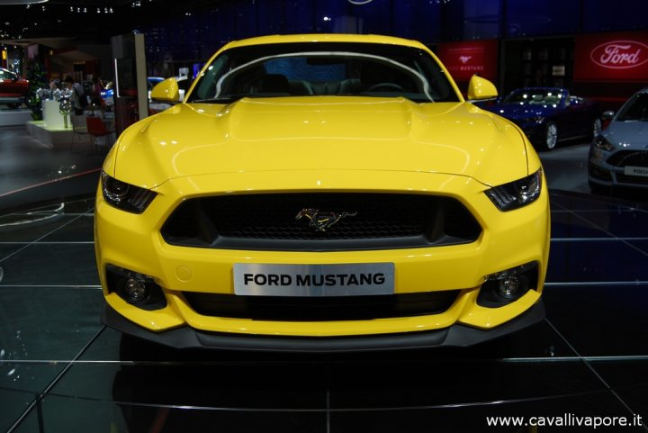 Ford-Mustang-LIVE-2