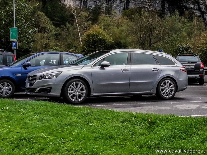 Peugeot-508-SW-Lato