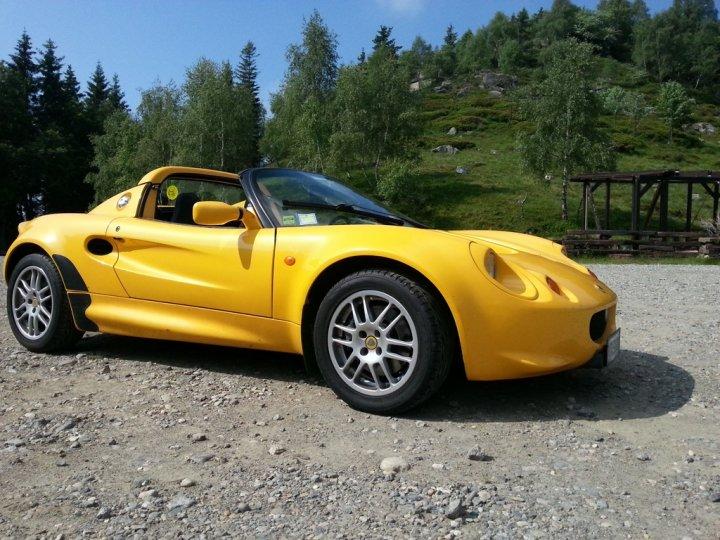Lotus-Elise-S1-Zegna-Tre-Quarti-Anteriore