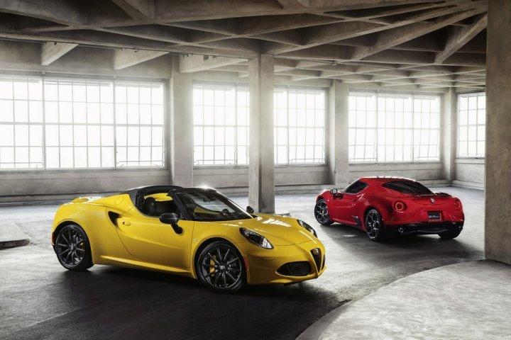 Alfa-Romeo-4C-Spider-2015-14