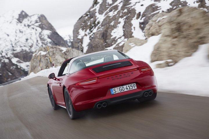 Porsche-911-Targa-4S-3