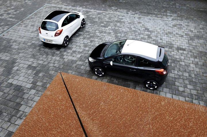 Ford-Ka-Black-and-White-Edition-05