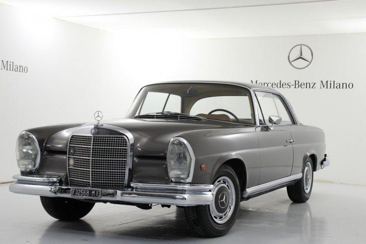Mercedes-Benz-280-SE-1