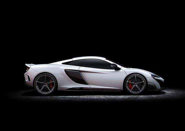McLaren-675LT-5