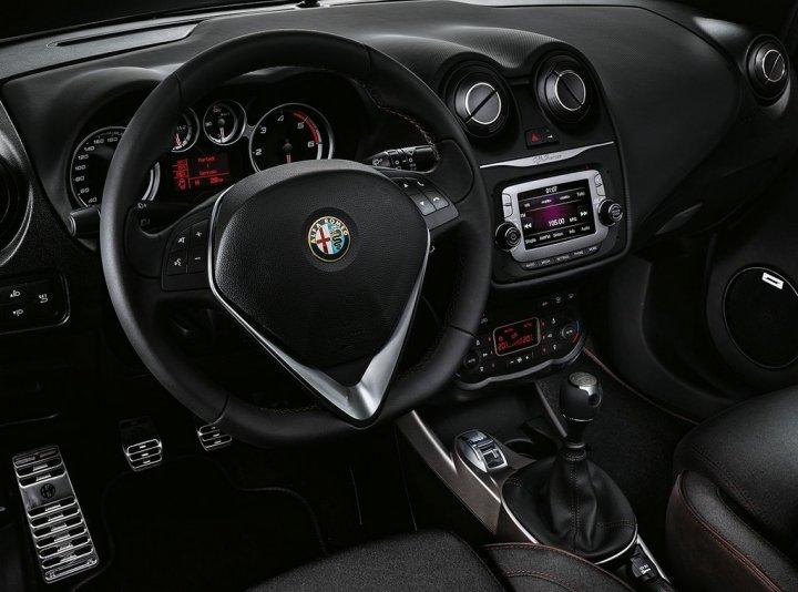 Alfa-Romeo-MiTo-Racer-4