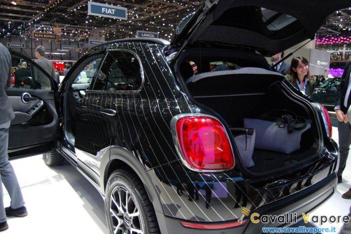 Fiat-500X-Black-Tie-LIVE-Ginevra-Bagagliaio