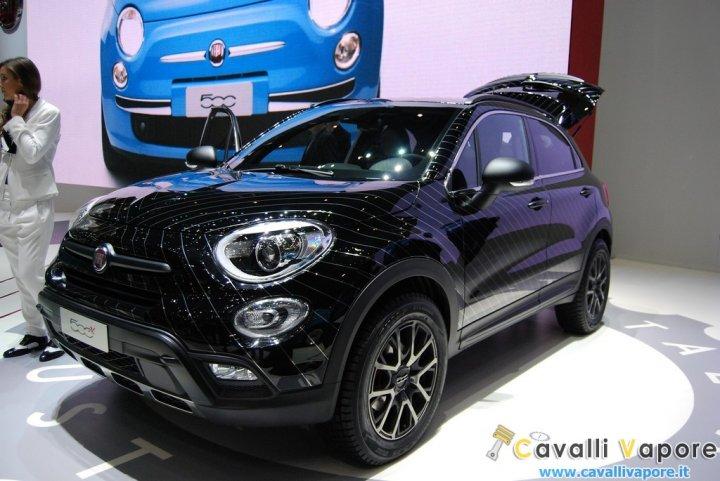 Fiat-500X-Black-Tie-LIVE-Ginevra