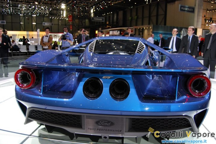 Ford-GT-Ginevra-Live-14
