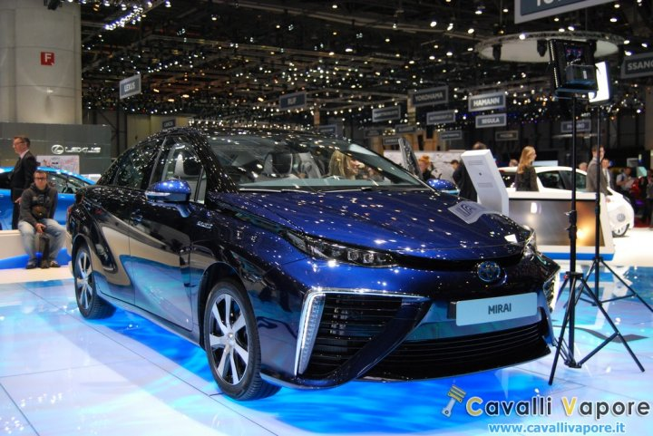 Toyota-Mirai-Ginevra-Live-2