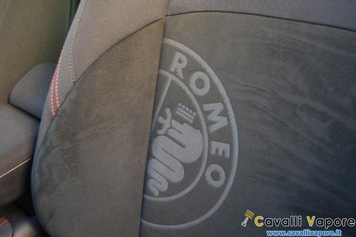 Alfa-Romeo-Giulietta-Sprint-Logo-Sedile