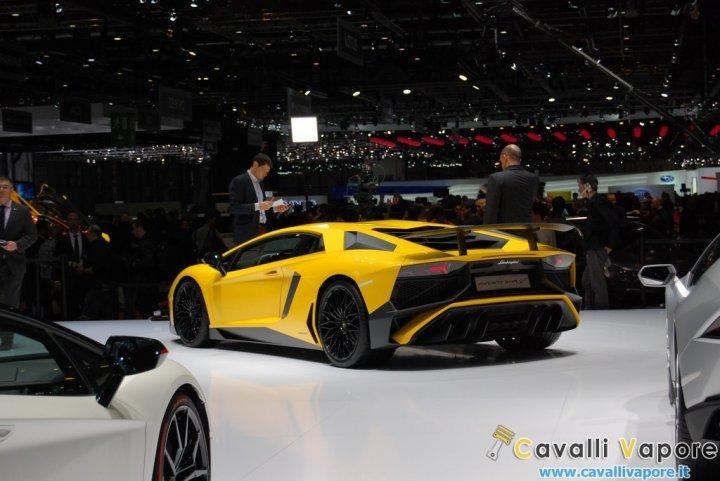 Lamborghini-Aventador-LP-750-4-SuperVeloce-Tre-Quarti-Live