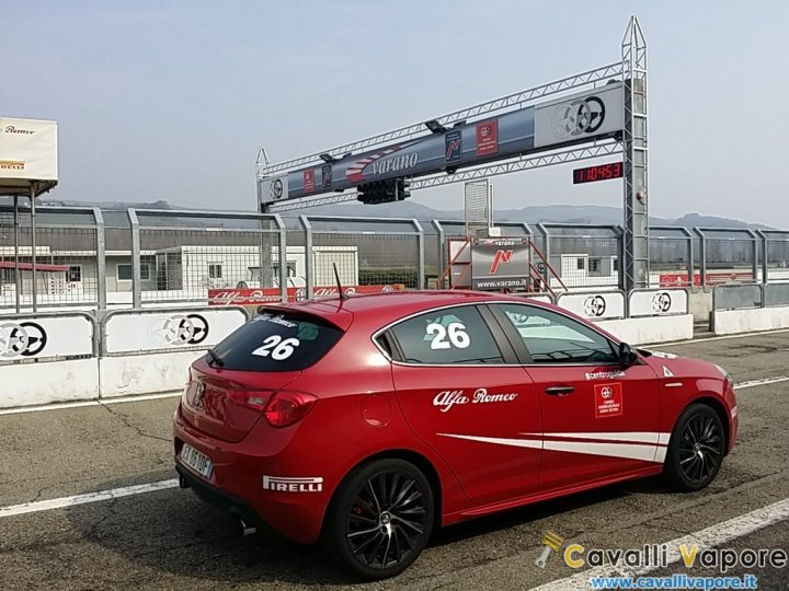 Alfa-Romeo-Driving-Day-20