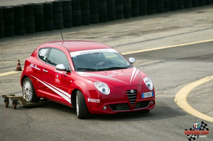 Alfa-Romeo-Driving-Day-27