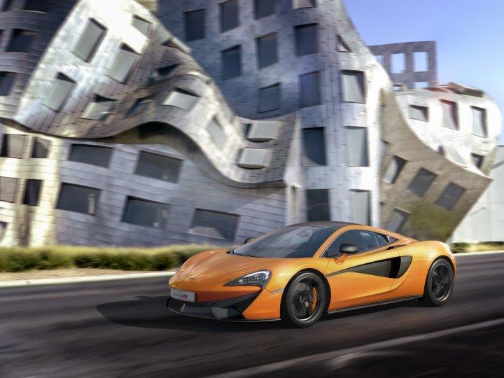 McLaren-570S-3