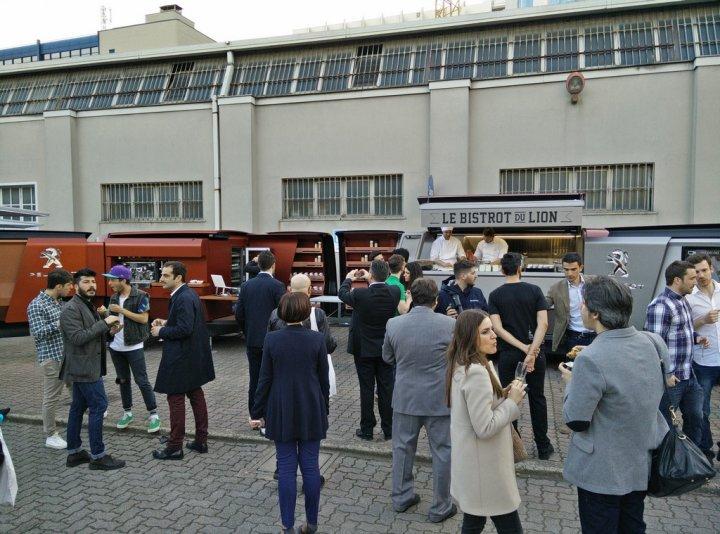 Peugeot-FoodTruck-Fuorisalone-Millano-2015-39