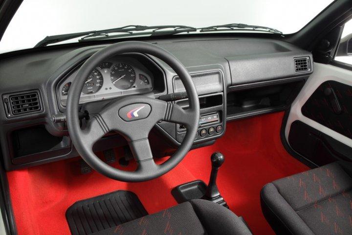 Peugeot-106-Rallye-08